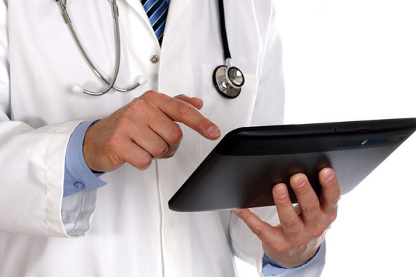 Doctor-with-a-tablet