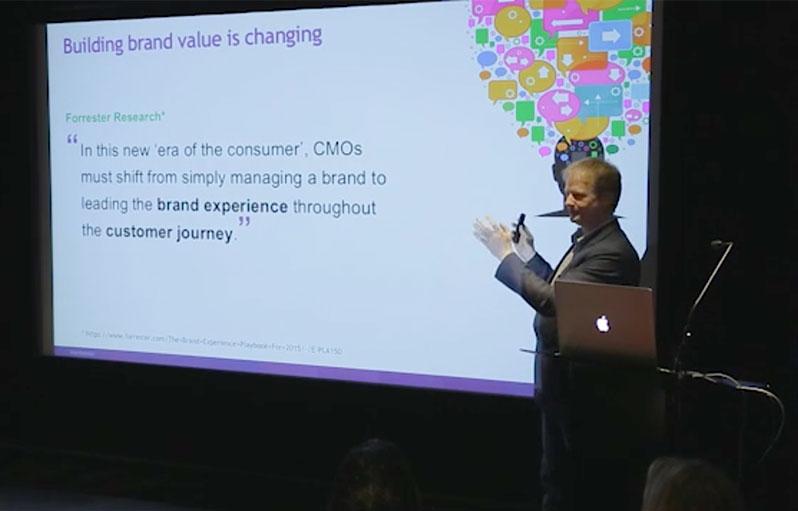 Jens-presenting-at-CSE